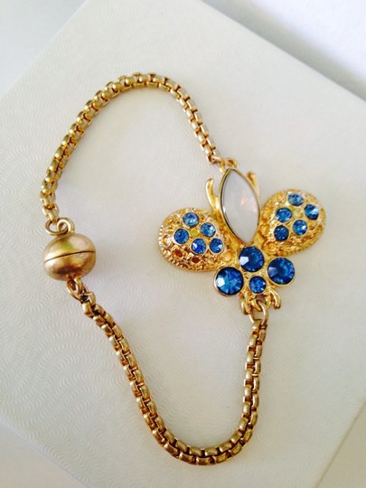 Neiman Marcus Crystal Blue & Gold Chain Magnetic Bracelet