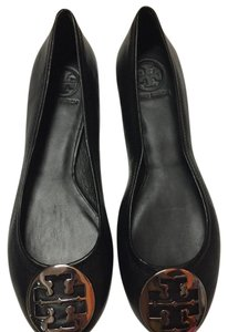 Tory Burch black with silver logo Flats
