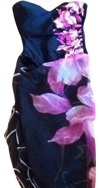 Item - Black and Pink and White Sarong One-piece Bathing Suit Size 8 (M)