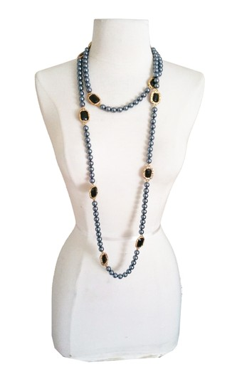 Chanel Vintage Chanel Onyx Gripoix Gold Frame Dk. Grey Pearl Necklace