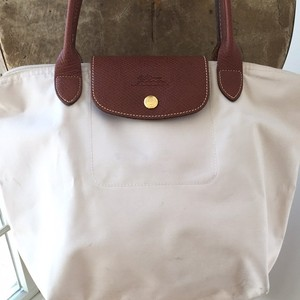 a6b43d9872e Beige Longchamp Bags - Up to 90% off at Tradesy