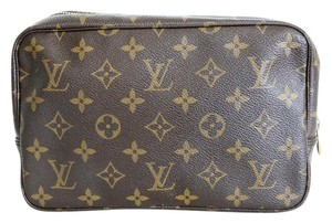 Louis Vuitton Cosmetic bag MM