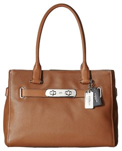 Coach 36514 Saddle Leather Swagger Tote in Brown