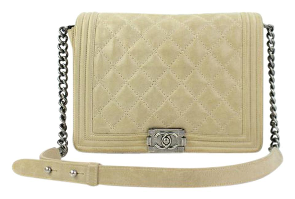 9feaf59bb7c6 Chanel Boy Quilted Le Boy Caviar Classic Flap Shoulder Bag Image 0 ...