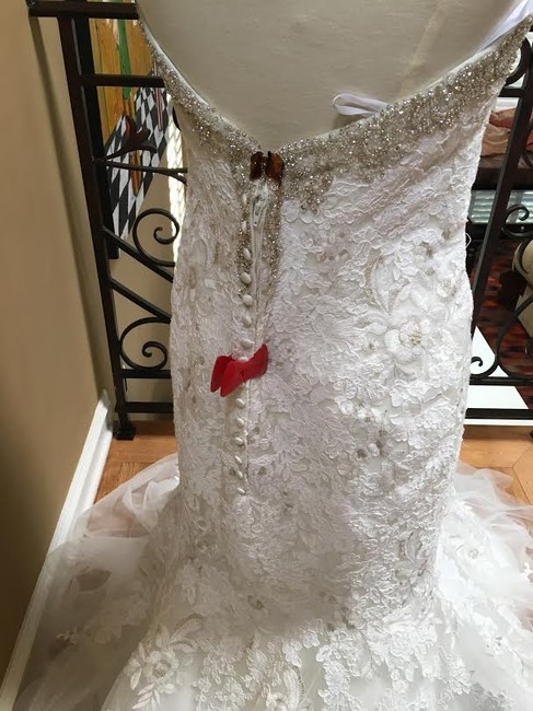 Ivory/Silver Lace Bridal Gown Stock 12907 Cbs Bg 2062 Feminine Wedding Dress Size 12 (L) Ivory/Silver Lace Bridal Gown Stock 12907 Cbs Bg 2062 Feminine Wedding Dress Size 12 (L) Image 5
