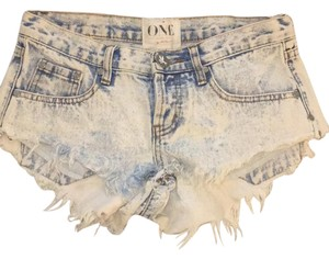 One Teaspoon Cut Off Shorts acid wash