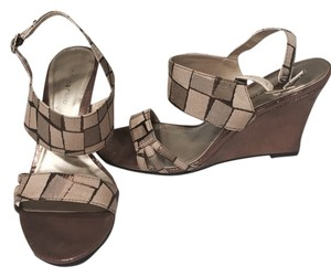 Ann Marino Wedges