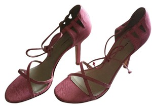 Banana Republic Strappy Ankle Strap Spain pink Pumps