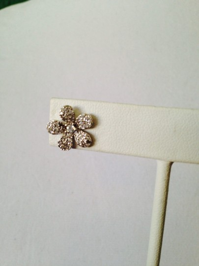 Neiman Marcus Rhodium Plated Sterling Silver Cubic Zirconia Flower Earrings Image 3