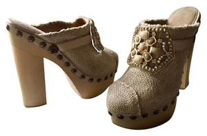 Chanel Embellished Runway Rare Gripoix Pearl Beige Linen Mules