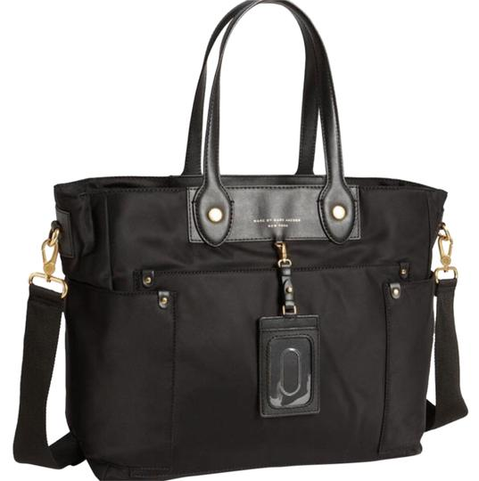 marc by marc jacobs black with gold hardware m3pe147 preppy nylon eliz a baby diaper bag tradesy. Black Bedroom Furniture Sets. Home Design Ideas