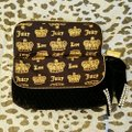 Juicy Couture Quilted Black and Silver Velvet Clutch Juicy Couture Quilted Black and Silver Velvet Clutch Image 6