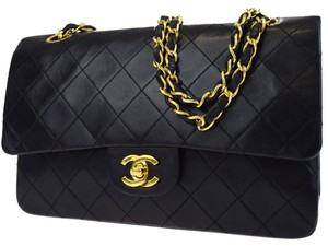 Chanel Vintage Gold Hardware Quilted Leather Luxury Shoulder Bag