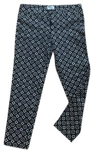 Old Navy Capris black and white