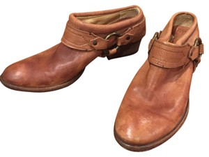 Frye distressed brown Boots