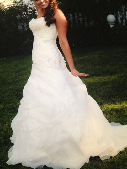 Allure Bridals Ivory Satin and Organza Romance #2359 Sexy Wedding Dress Size 6 (S) Image 3