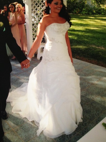 Allure Bridals Ivory Satin and Organza Romance #2359 Sexy Wedding Dress Size 6 (S) Image 4