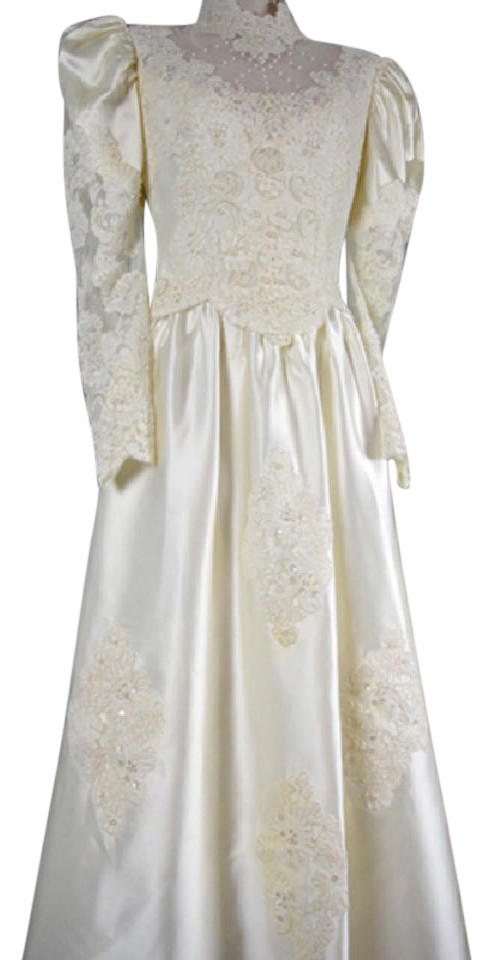 Ivory Polyester Satin and Lace Gown Pearls Train Veil Vintage ...