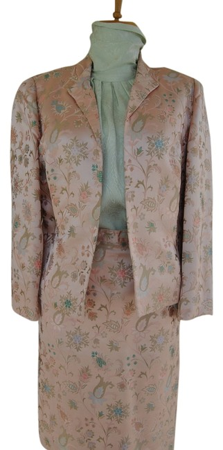 Preload https://item5.tradesy.com/images/peach-silk-suitmint-green-blouse-vintage-colored-all-skirt-suit-size-6-s-2139849-0-0.jpg?width=400&height=650