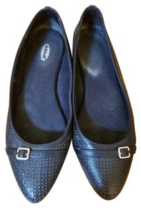 Dr. Scholl's Black Perforated Flats
