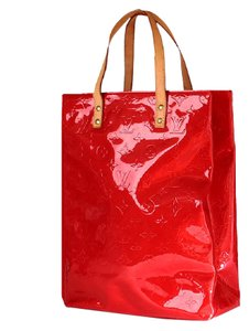 Louis Vuitton Mm Vuitton Reade Tote in Red