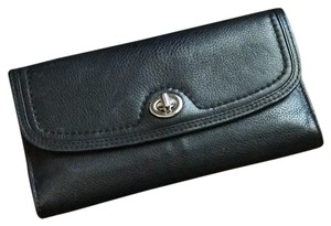 Coach black leather wallet with turn clasp