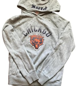 new product d00ff 70fcd PINK Gray Chicago Bears Sweatshirt/Hoodie Size 4 (S) 45% off retail