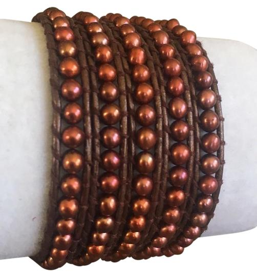 Preload https://img-static.tradesy.com/item/21401311/chan-luu-white-yellow-gold-new-bronze-pearl-five-wrap-metallic-leather-bracelet-0-1-540-540.jpg