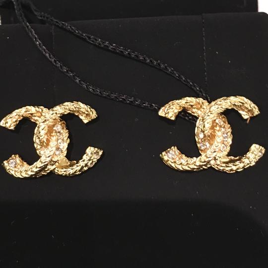 Chanel Bn 2018 Twisted Cc Logo Stud Gold Earrings