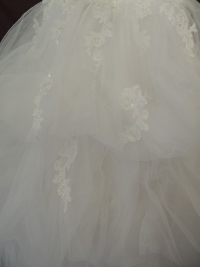 White Organza Ballgown Traditional Wedding Dress Size 4 (S) Image 6