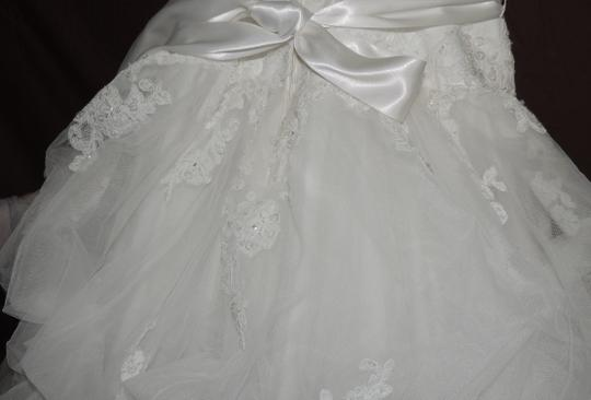White Organza Ballgown Traditional Wedding Dress Size 4 (S) Image 7