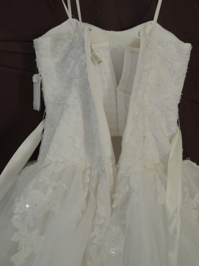 White Organza Ballgown Traditional Wedding Dress Size 4 (S) Image 8