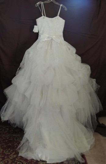 White Organza Ballgown Traditional Wedding Dress Size 4 (S) Image 9