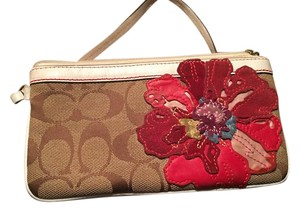 Coach Wristlet in Red brown multi
