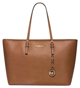Michael Kors Satchel Ani Tote in Luggage