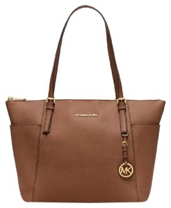 Michael Kors 888235578019 Saffiano Jet Set Tote in Luggage