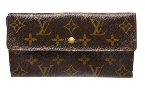 Louis Vuitton Louis Vuitton Brown Monogram International Wallet 211874