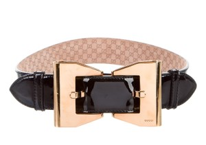 Gucci Black patent leather Gucci gold-tone oversized bow buckle belt L