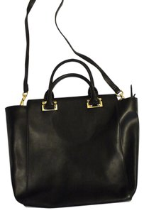 The Limited Gold Big Hang Tote in black
