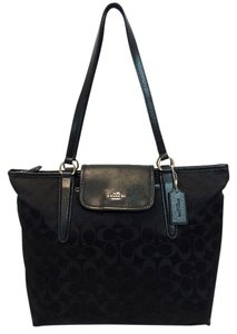 Coach Handbag Monogram Tote in Black