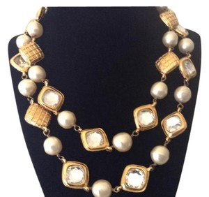 Chanel RARE VINTAGE CHANEL GOLD PLATED PEARL and CRYSTAL NECKLACE
