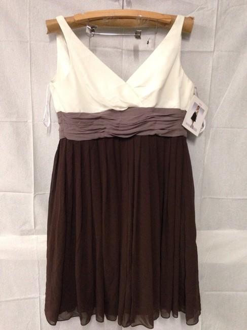 Wtoo Offwhite/Light Brown/Dark Brown Bridesmaid/Mob Dress Size 14 (L) Wtoo Offwhite/Light Brown/Dark Brown Bridesmaid/Mob Dress Size 14 (L) Image 1
