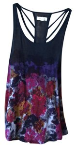 Silence + Noise Top multi color navy, peoples, reds, grey