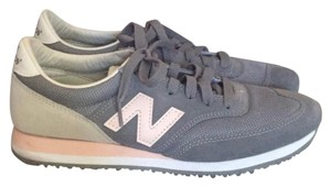New Balance grey and pink Athletic