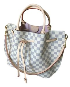 Louis Vuitton Satchel in Light