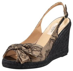 Valentino Champagne w/Black lace overlay Wedges