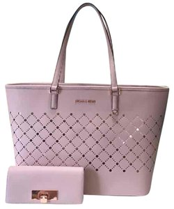 Michael Kors Violet Carryall Callie Tote in Blossom /Rose Gold