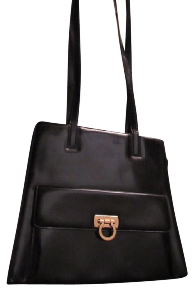 Salvatore Ferragamo Gancini Buckle Style Chic Mod Look Dressy Or Casual  Mint Vintage Satchel in Black ... 9c31091322193