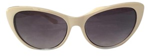 Betsey Johnson Betsey Johnson Cat Eye Sunglasses
