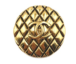 Chanel Chanel Vintage 24K Gold Plated Quilted Round Brooch